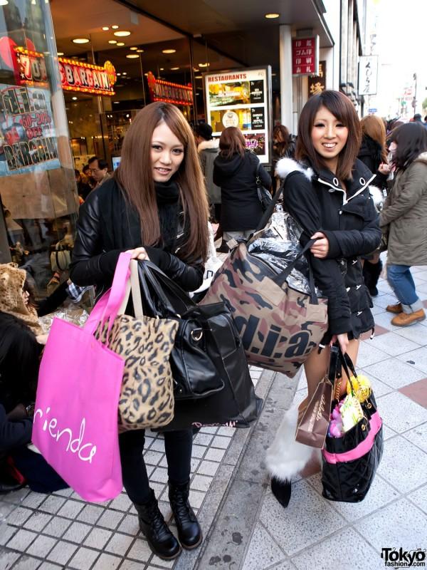 Rienda vs. D.I.A. Girls in Shibuya