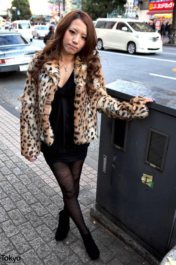 Shibuya Girl's Leopard Coat, Jeweled Nails & LV Bag