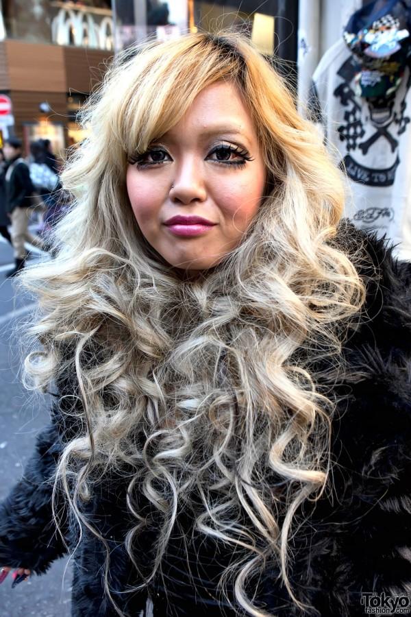 Shibuya Girls Blonde Hair and Makeup