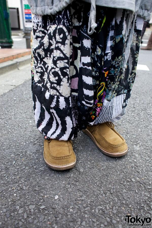 Resale graphic pants & suede shoes