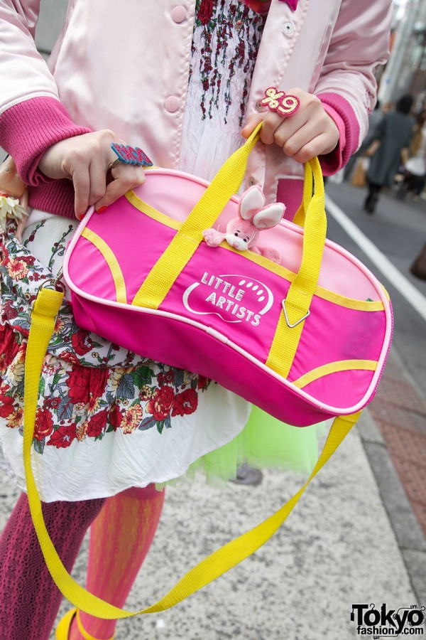 Pink bag in Harajuku