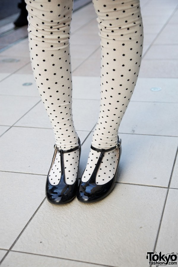 Polka dot tights & t-strap shoes