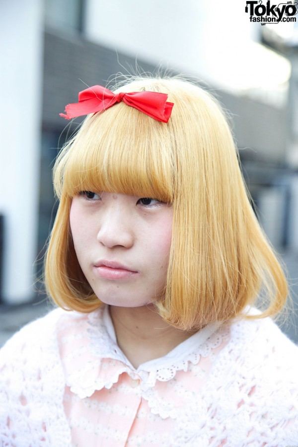 Blonde hair & red hair bow