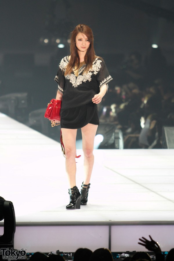 Borny at Tokyo Girls Collection