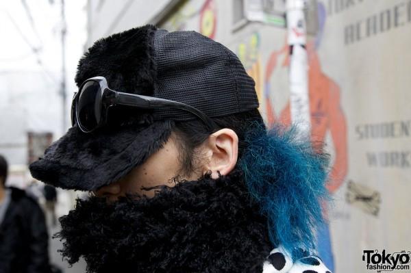 Fur cap, glasses & blue fuzz