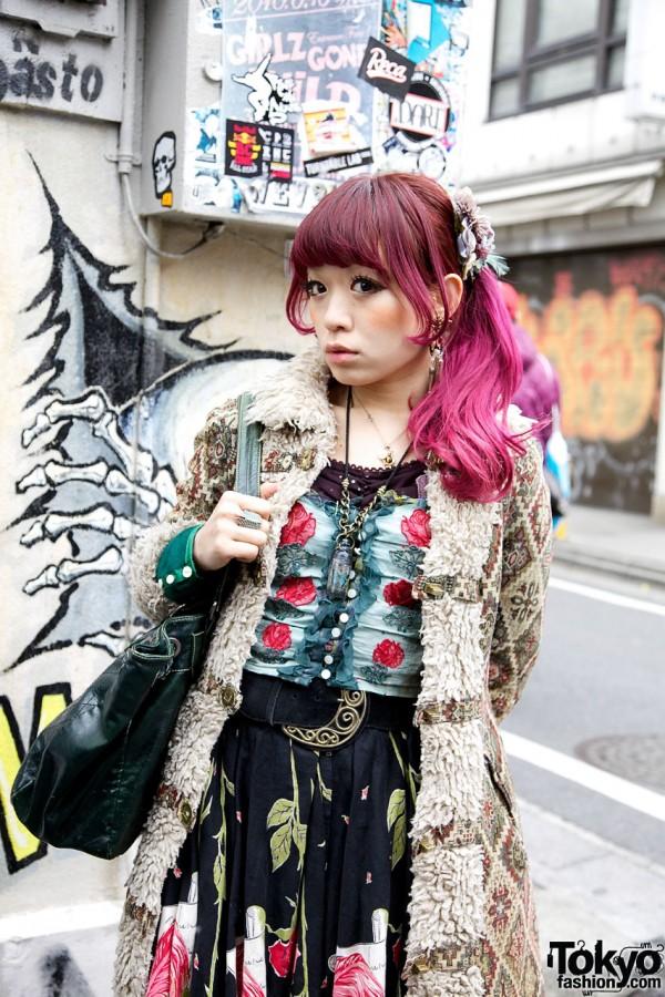 Magenta hair & tapestry coat in Harajuku