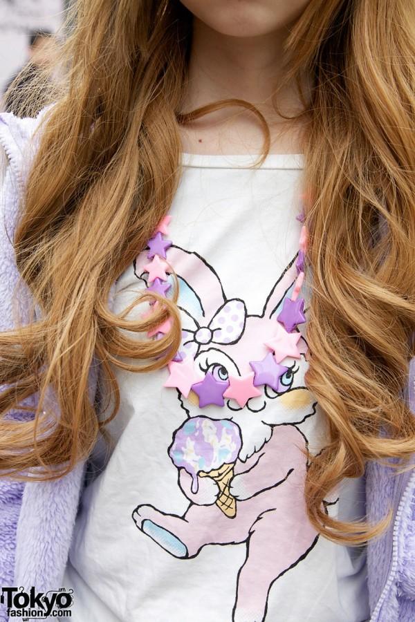 Bunny t-shirt & 6%DokiDoki necklace