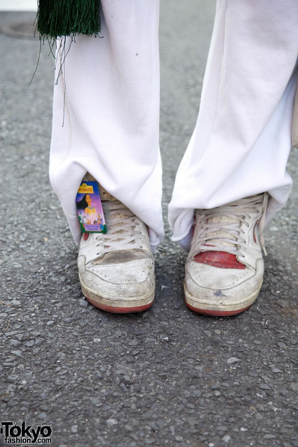 Nike sneakers & Pocahontas pin