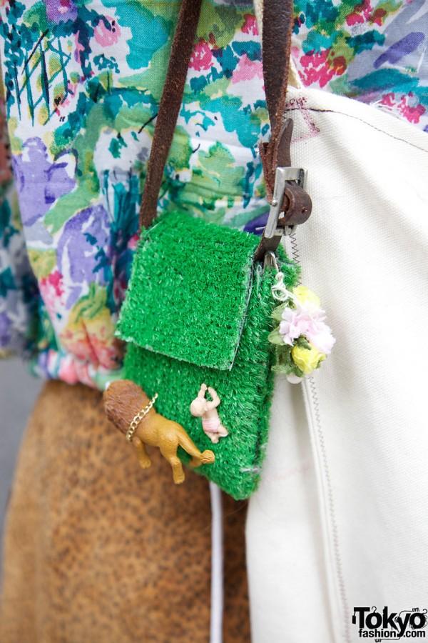 Tiny Figures on Handbag