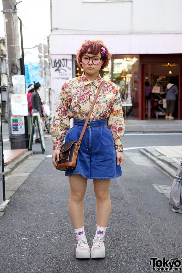 Big Glasses Girl w/ Cute Hair & Makeup in Harajuku