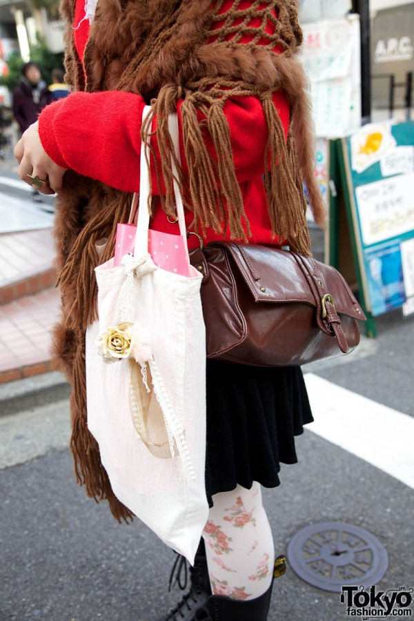 Brown leather bag & white fabric tote