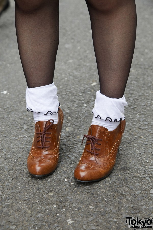 Oxford high heel shoes with cuffed socks