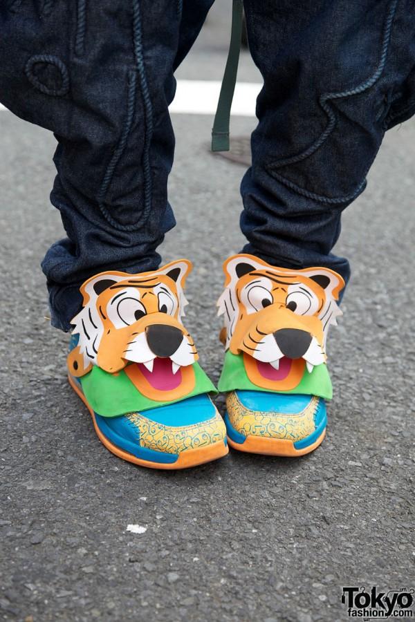 Tiger sneakers from Dog Harajuku