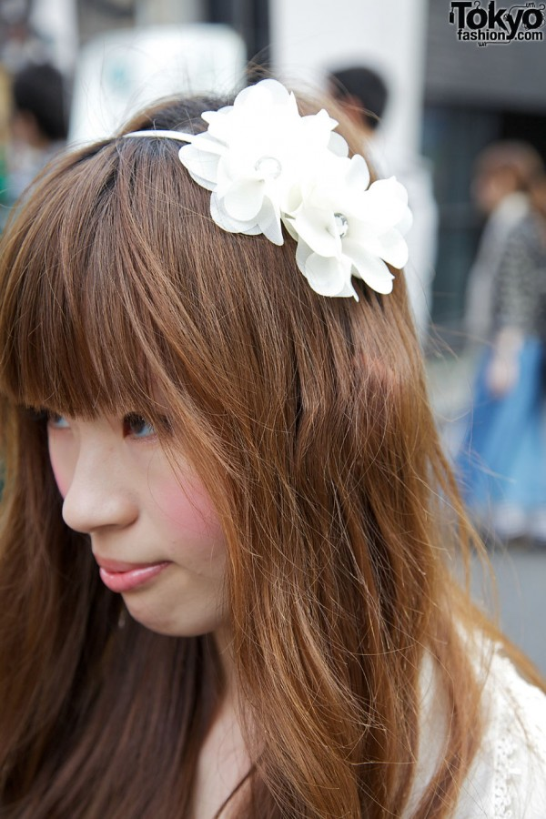 Flowered hairband in Harajuku