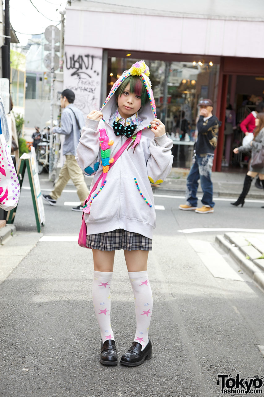 Harajuku Girl In Cute Handmade Hoodie U0026 Bow Tie