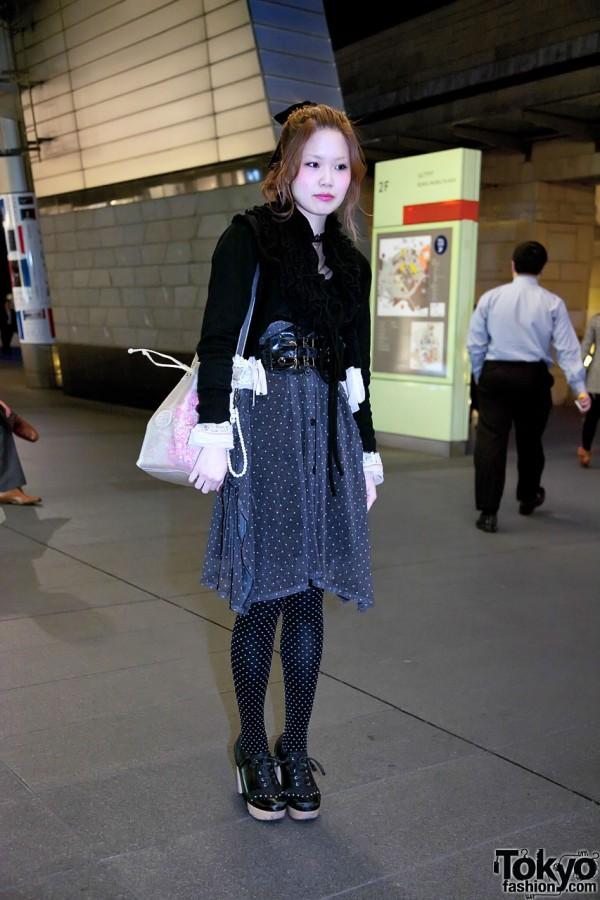Stylish Japanese Girl in Roppongi