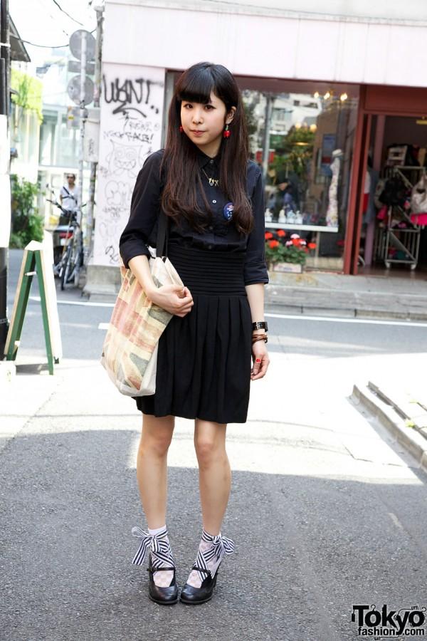 Black Resale Dress Look in Harajuku