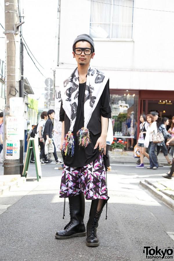 Stylish Harajuku Guy in H></noscript><img class=