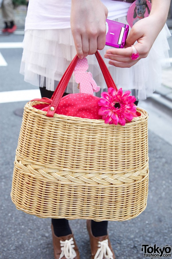 Samantha Thavasa basket purse w/ flower & scarf