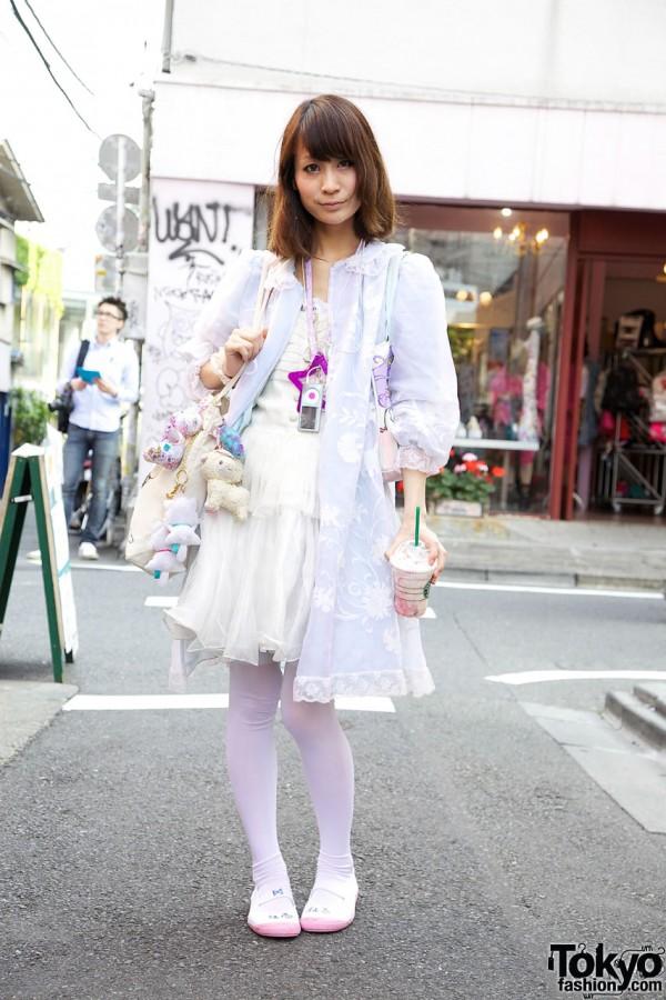 Japanese Idol Ainoeri in Harajuku