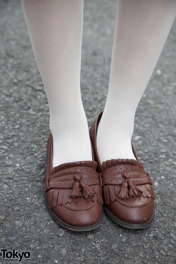 White tights & Rosebud tasseled loafers