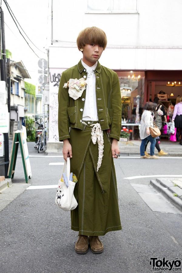 Blonde Harajuku Guy in Comme des Garcons Tricot Skirt & Jacket