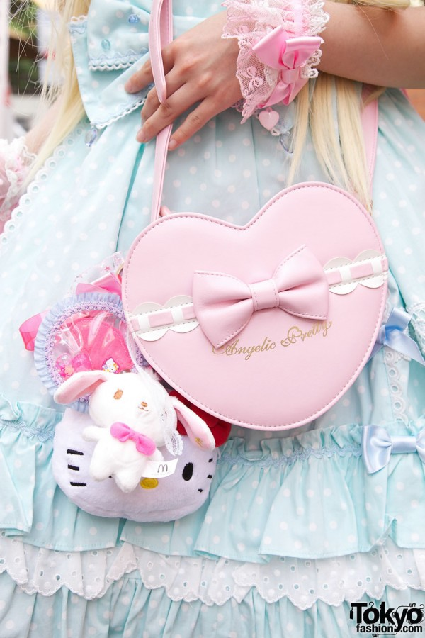 Angelic Pretty Pink Heart Purse