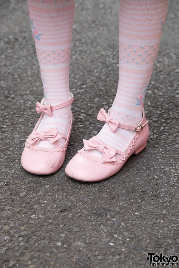 Pink Bow Lolita Shoes in Harajuku