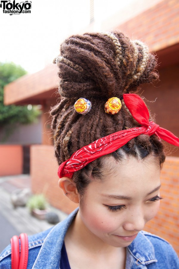 Japanese Dreadlocks Girl w/ Chupa Chup