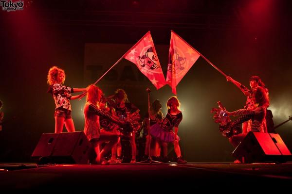 Misaki Girls Rock J-Pop