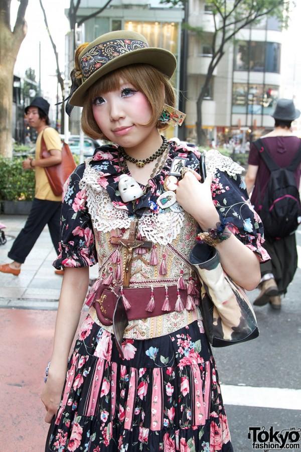 Dolly Kei Street Fashion in Harajukuin
