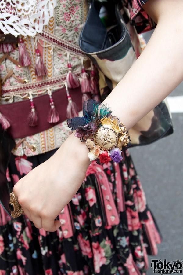 Beautiful Vintage Dolly Kei Bracelet