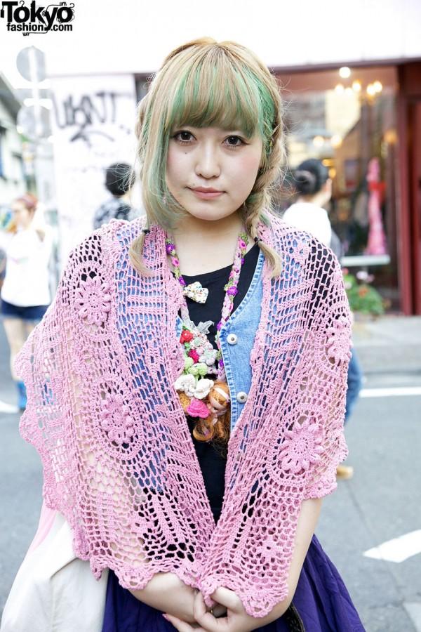 Pink crochet shawl & handmade necklace