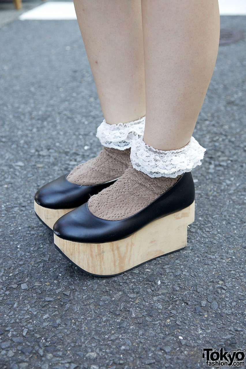 Handmade Shawl Body Line Rocking Horse Shoes