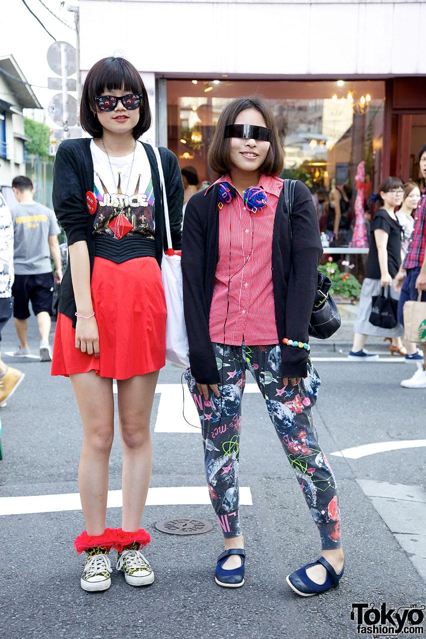 Friendly girls w/ novelty sunglasses