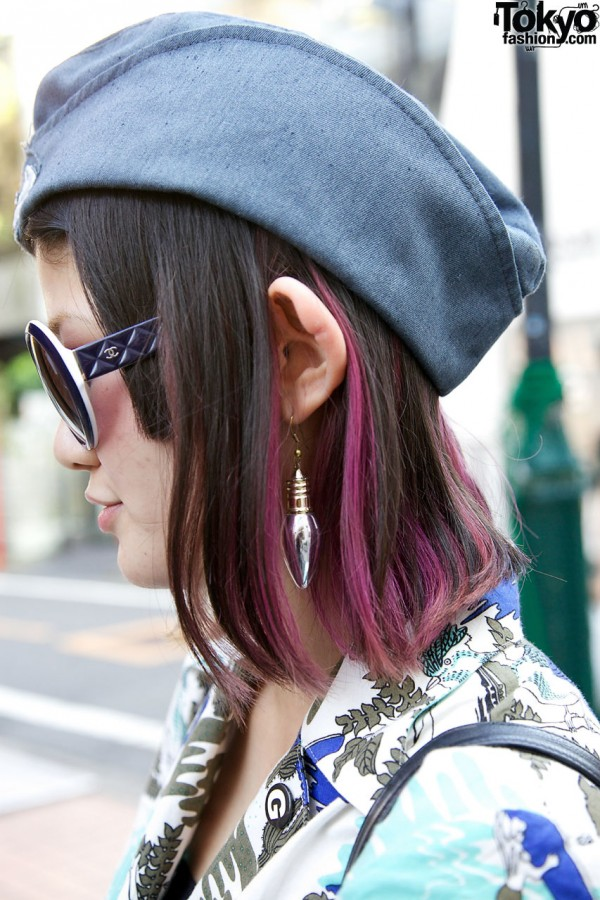 Light bulb earring & fuchsia-tipped hair