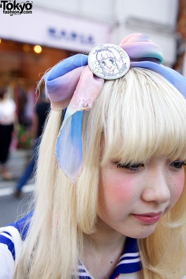 Japanese Girl w/ Blonde Hair & Hair Bow