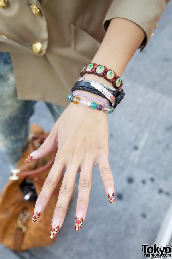 Exotic nail tips & handmade bracelets