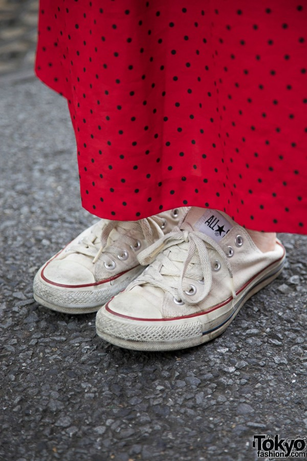 Converse sneakers w/ long skirt