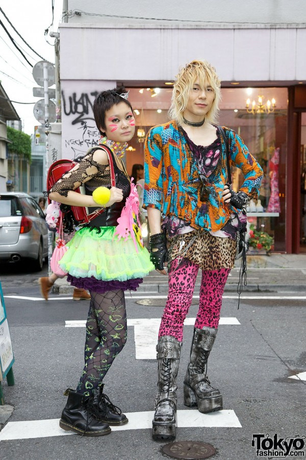Harajuku Punk/Gothic Girl & Guy w/ Face Paint, Platform Boots & Candy Choker