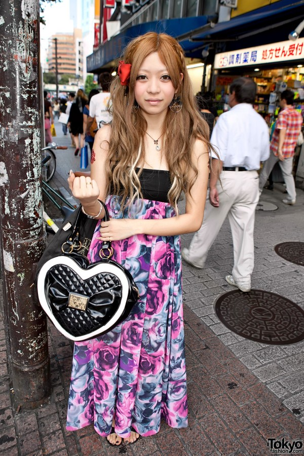 Shibuya Girl w/ Floral Dress, Golds Infinity Heart Handbag & Hair Bow