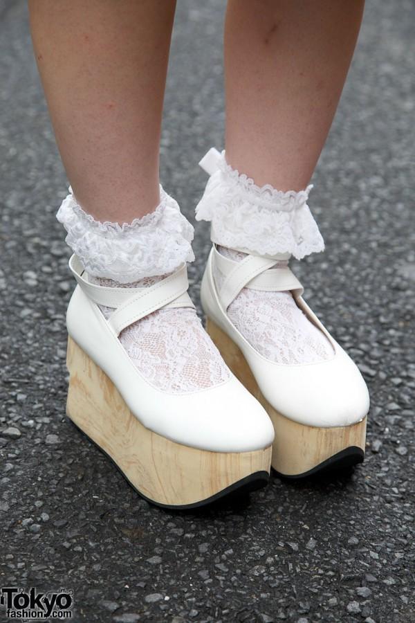 Rocking Horse Shoes x Ruffle Socks