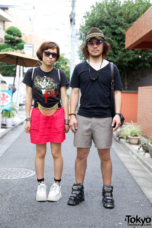 Girl w/ Forever 21 chain belt & guy w/ studded hat & sneakers