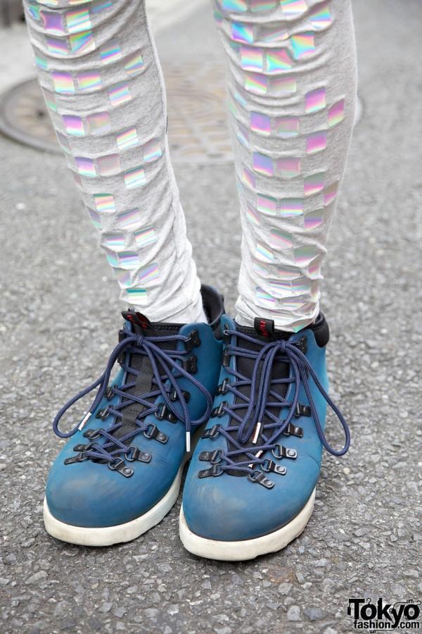 Starstyling leggings & blue sneakers