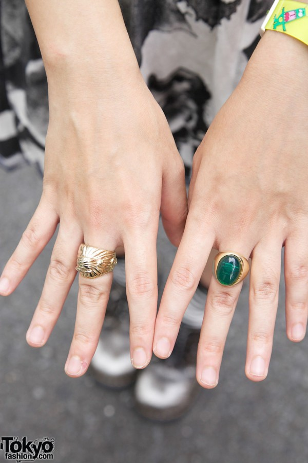 Gold & green stone rings