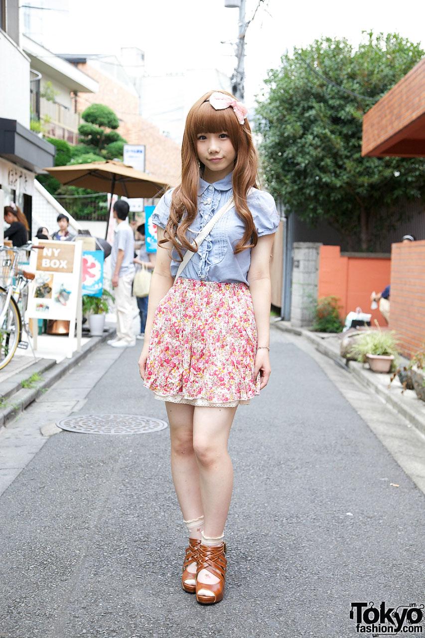 Japanese Schoolgirl S Tucked Blouse Floral Skirt Amp Woven