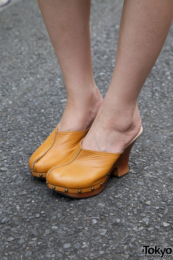 Tan clogs from Bonita