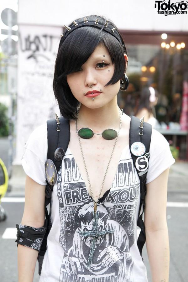 Horror Dress & Piercings in Harajuku