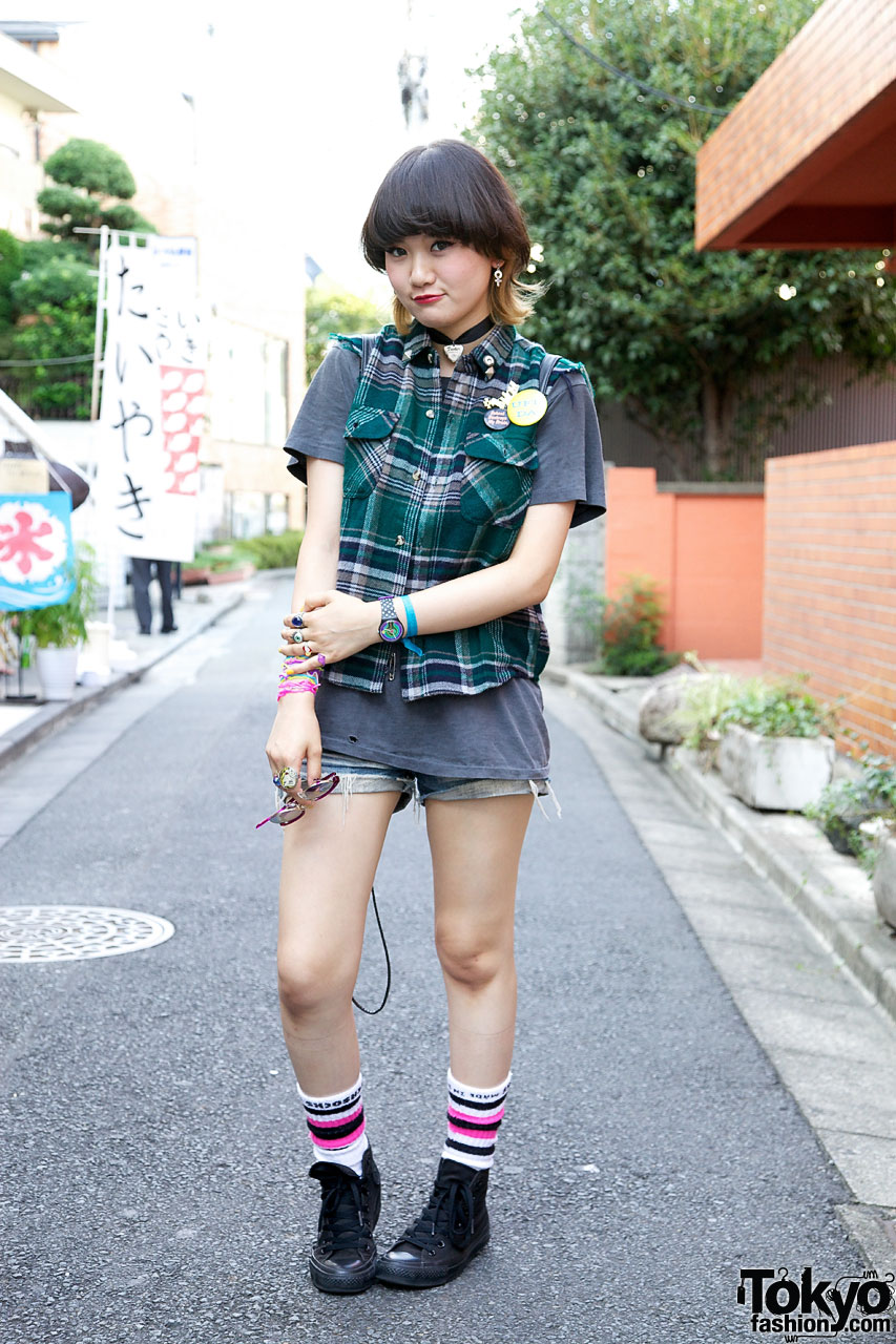 Japanese Girl In Cutoff Denim Shorts Remake Vest