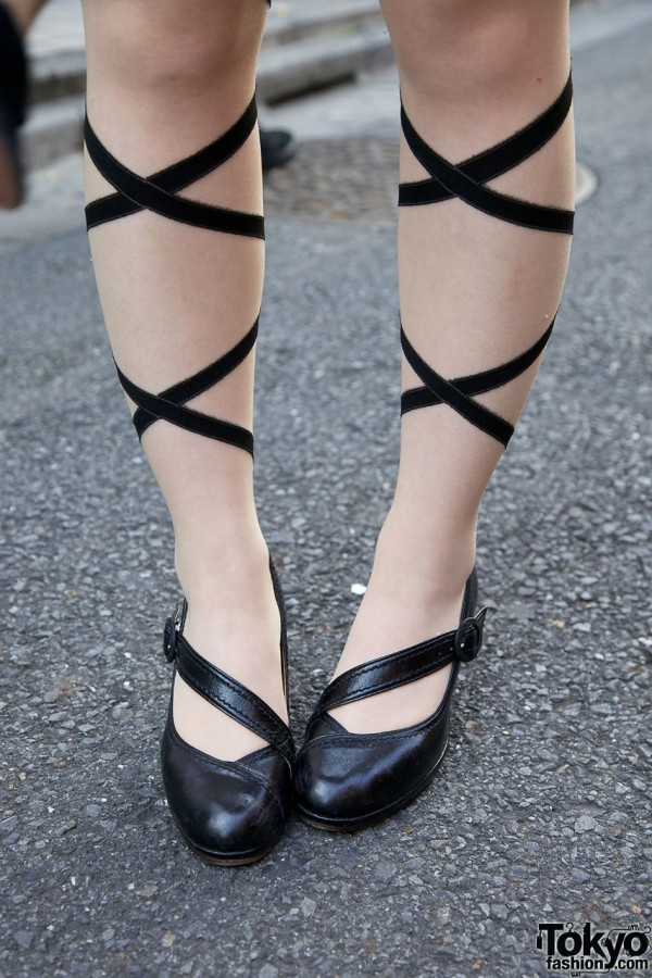 Strap Heels & Wrap-Around Print Stockings